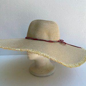 Accessories - NWOT Sun Beach Hat Floppy Bow Straw